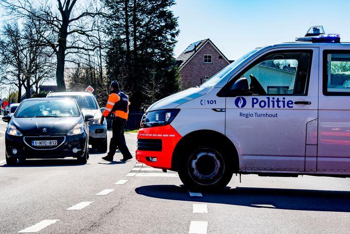 De Belgische politie controleert aan de grens of Nederlanders met een legitieme reden het land in proberen te komen.