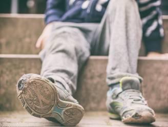 Boom één zamelt winterjassen in voor kansarme gezinnen