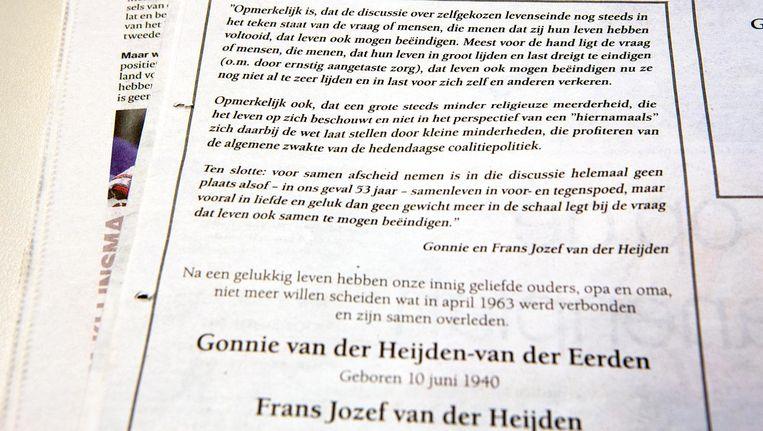 De rouwadvertentie van het echtpaar Van der Heijden. Beeld
