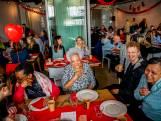 Millennials daten senioren: 'We gaan ons lazarus drinken'
