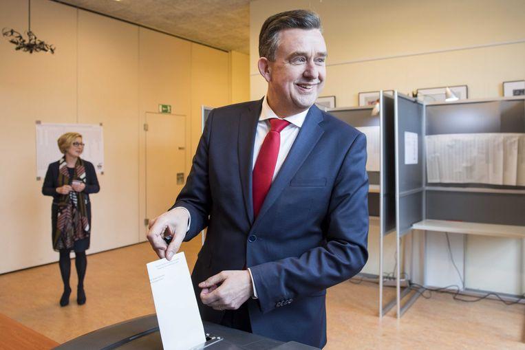SP-leider Roemer brengt zijn stem uit. Beeld anp