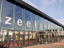 Zeeuwse basisschoolleraren beginnen stakingsdag in Zeelandhallen