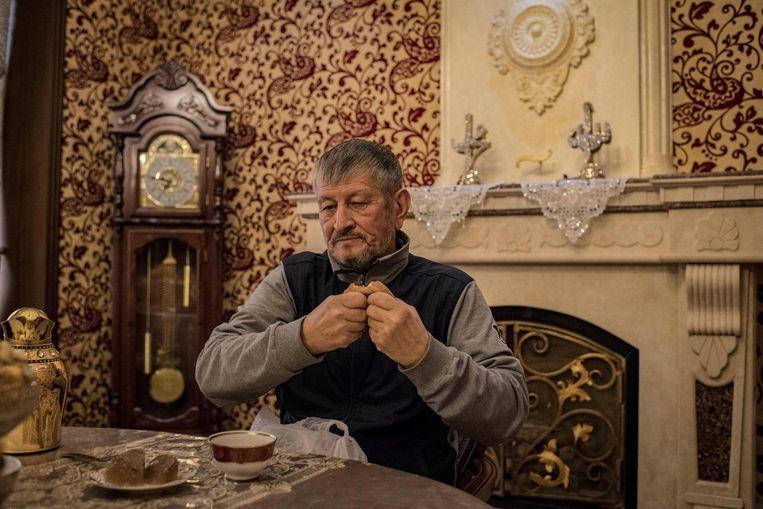 De 73-jarige Samandar Koekanov was begin jaren negentig de rijkste man van het land dankzij de verkoop van 45 duizend schapen, ging de olie-industrie in en, poef, verdwenen was hij. 'Karimov vermoedde dat ik in staat was om een coup van de oppositie te financieren.' Beeld null