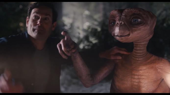 Elliott et E.T..