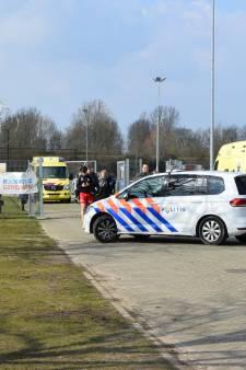 Bewusteloos getrapte voetballer ESA Arnhem na ziekenhuisbezoek weer thuis