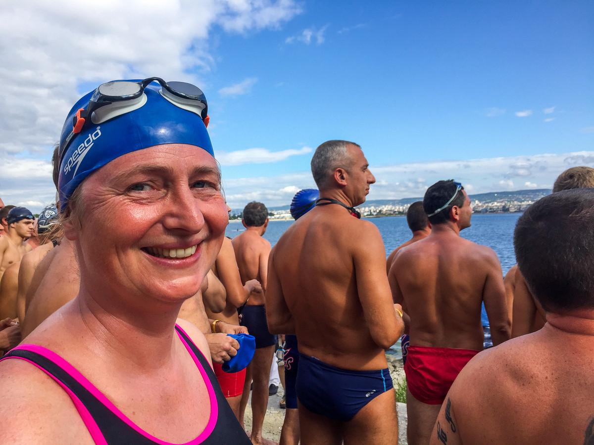 Nienke Blauw zwom begin deze maand al  de Galatha-Varna marathon.