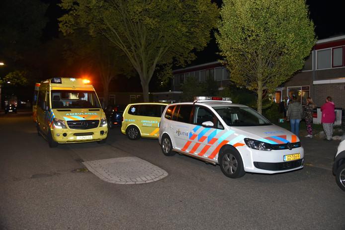 De politie en ambulance ter plaatse in Hatert.