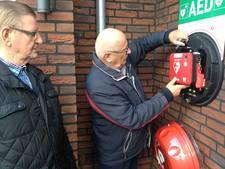Den Hoek in Helvoirt voorzien van een AED apparaat