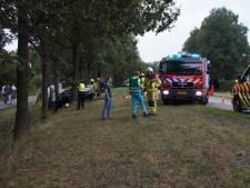 Slachtoffers van gezin dat tegen boom botste met auto in Groenlo buiten levensgevaar