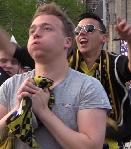 Emotie en ontlading in Arnhem tijdens bekerwedstrijd Vitesse