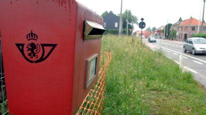 Vier rode brievenbussen verdwijnen uit straatbeeld