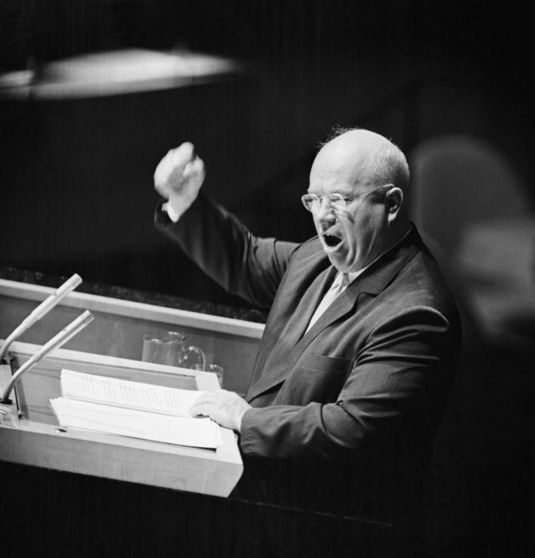 Nikita Chroesjtsjov spreekt de VN toe tijdens de Cuba-crisis, 1960. Beeld .