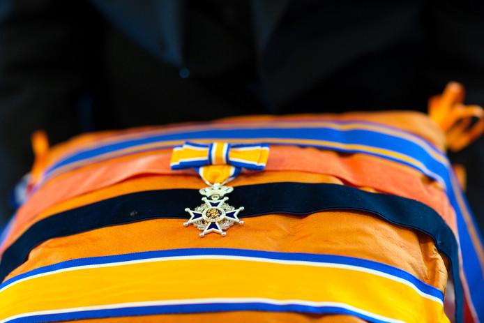 Lintje Ridder in de orde van Oranje Nassau