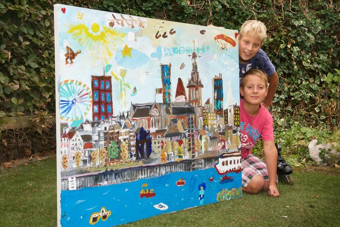Mats (onder) en zijn broer Wout met hun werk Uitzicht op Nijmegen.