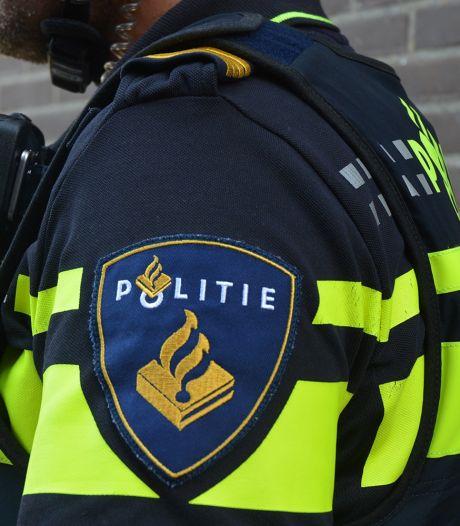 Aanrijding tussen auto en taxi in Roosendaal, automobilist onder invloed achter het stuur