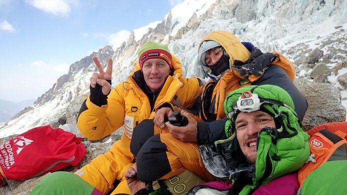Denis Urubko met de Franse klimster Elisabeth Revol en de Pool Adam Bielecki  op 28 januari.