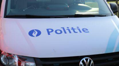 Dronken bestuurster verliest controle in Eekstraat