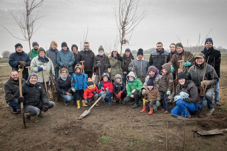 De plantnamiddag van Natuurpunt Groot-Staden aan de Vijfwegenpoel werd een succes