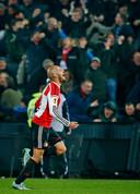 Karim El Ahmadi heeft Feyenoord even hiervoor op 2-0 gezet tegen titelhouder Sevilla.