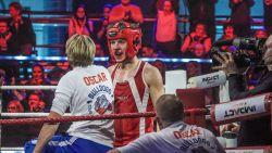 IN BEELD. Het gaat er opnieuw heftig aan toe tijdens 'Boxing Stars', veel bloedneuzen en een arm uit de kom