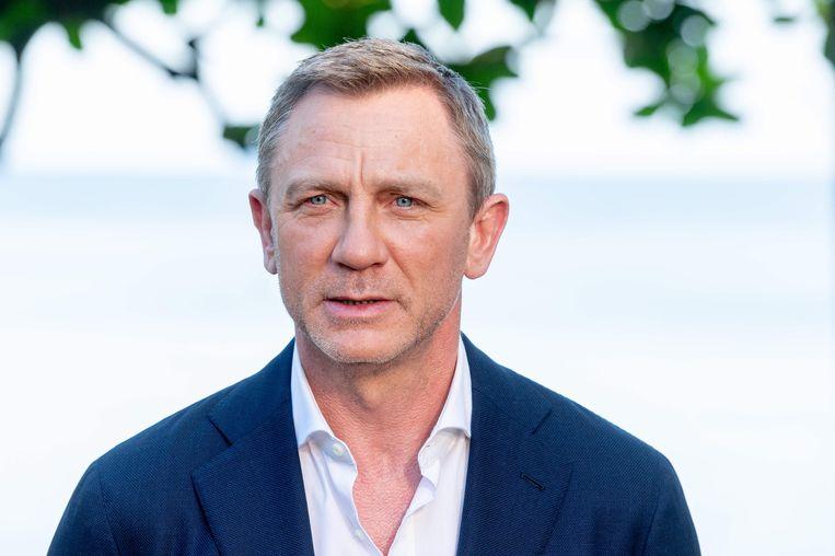 Daniel Craig in de lappenmand, dus opnames worden uitgesteld.