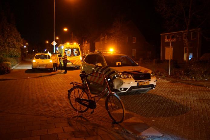 Fietser raakt gewond bij botsing met auto in Kaatsheuvel.