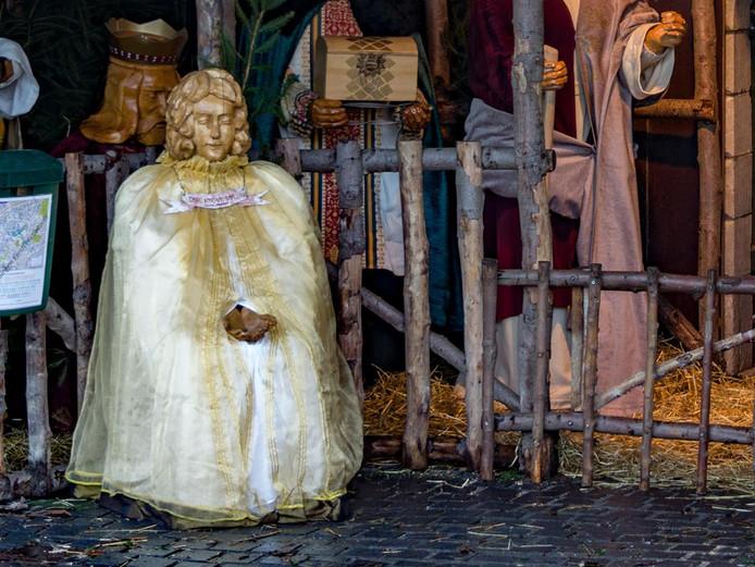 Engel uit kerststal gestolen: \'Dieptepunt in Princenhage\'   Breda ...