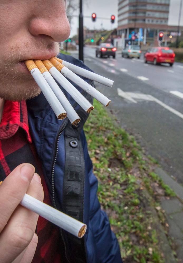 Luchtvervuiling op de Beatrixlaan staat gelijk aan het roken van ruim 6 sigaretten per dag