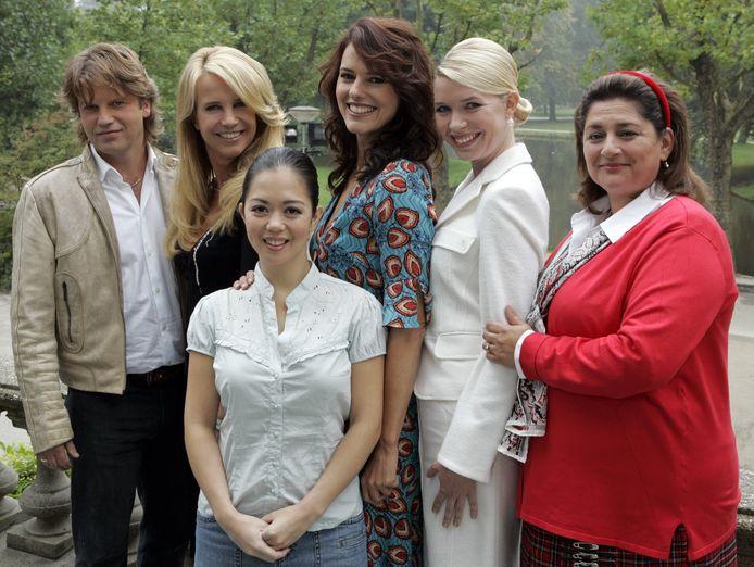 De cast van Gooische Vrouwen.