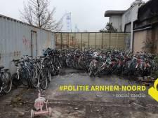 Vrouw aangehouden na vondst van 147 fietsen in Arnhem
