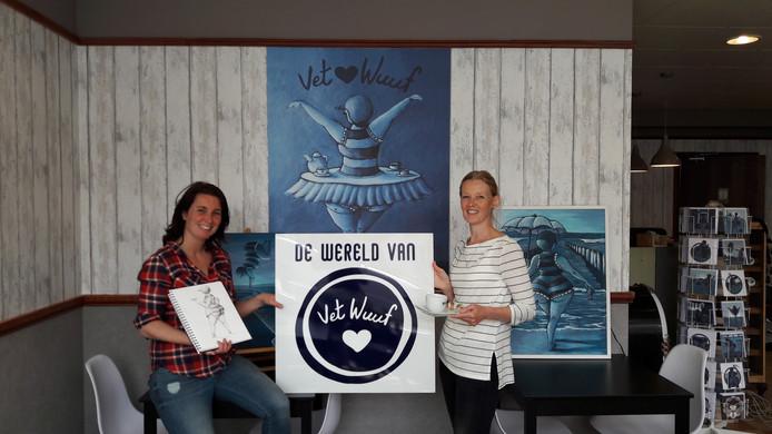 Bianca van Duijn (links) en Wendy Paaimans openen zaterdag 25 mei een lunchroom en cadeauwinkel aan de Singelstraat in Goes: De wereld van Vet Wuuf.