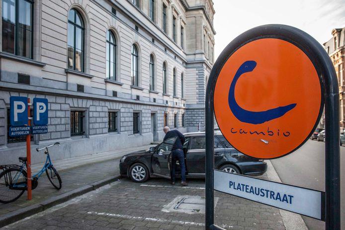 """Bij autodeelbedrijf Cambio wordt alvast enthousiast gereageerd. """"De geste van Gent is meer dan welgekomen"""", klinkt het daar."""