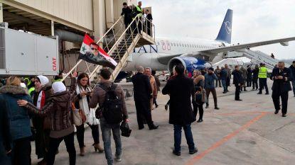 Luchthaven van Aleppo in Syrië na acht jaar heropend voor commerciële vluchten
