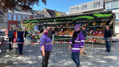 """Dinsdagmarkt in Assenede: """"Marktgangers volgen coronamaatregelen goed op"""""""