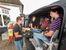 Puttense horecaman is 'verwarrende regels' rond corona beu: dan maar in de auto op het terras