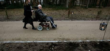 Inzamelingsactie voor rolstoelpad in Heeze