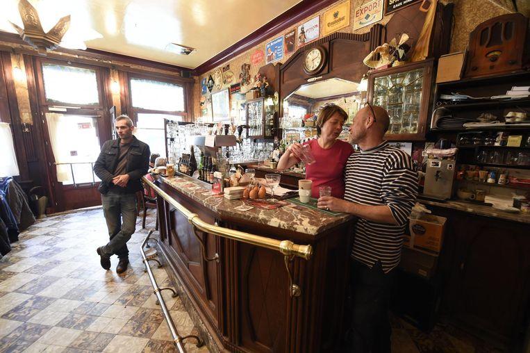 Het caf waar het nog altijd 1924 is antwerpen regio hln for Auto interieur reinigen antwerpen