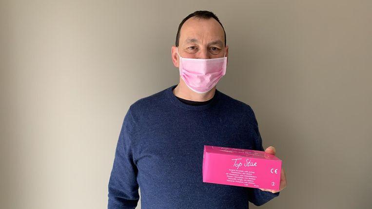 Jan Geudens uit Kapelle-op-den-Bos schonk 200 mondmaskers aan zijn huisarts.