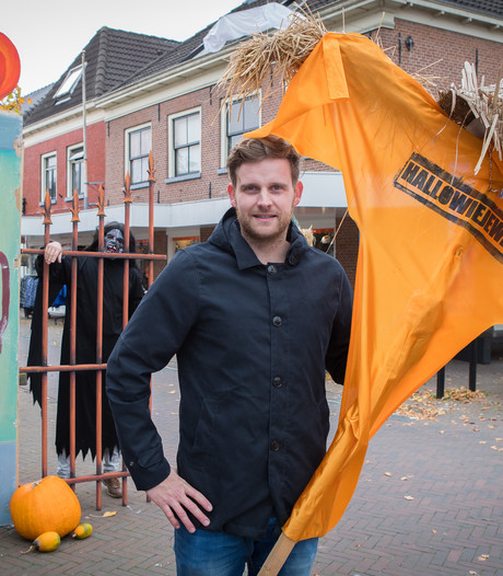 Wijhe met Hallowieje week in teken griezelfeest halloween