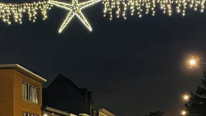 """Schilde steekt kerstverlichting nu al aan: """"Extra sfeer brengen in deze barre tijd"""""""