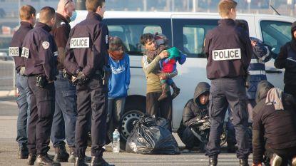 Politie redt 44 migranten bij oversteek Kanaal
