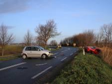 Gewonden bij auto-ongeluk Oud-Vossemeer