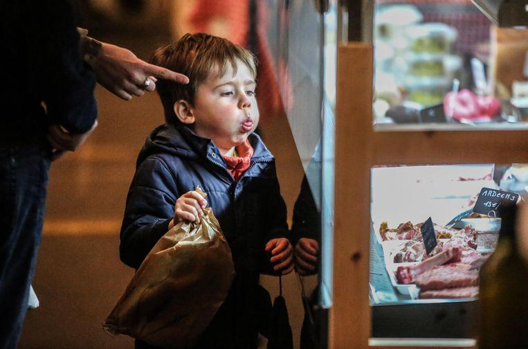 De eerste Lokaalmarkt in Heule heeft zo'n 700 bezoekers gelokt.