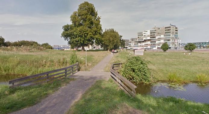 De Kastanjetuin komt dicht bij het winkelcentrum van Stadshagen.