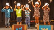Anderstalige kinderen brengen zelf geregisseerde show in zaal OCAR