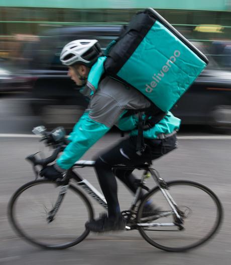 Maaltijdbezorger klaagt werkgever Deliveroo aan