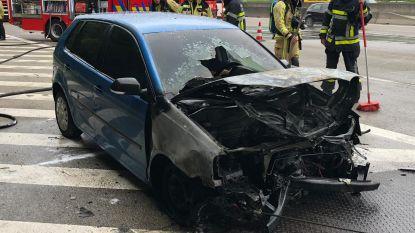 Wagen brandt uit op Antwerpe ring