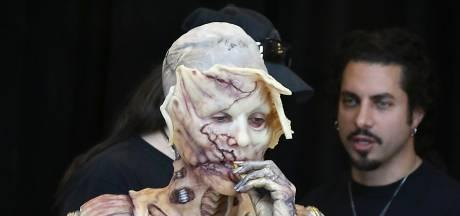 Heidi Klum viert Halloween thuis, maar komt toch weer met legendarische outfit