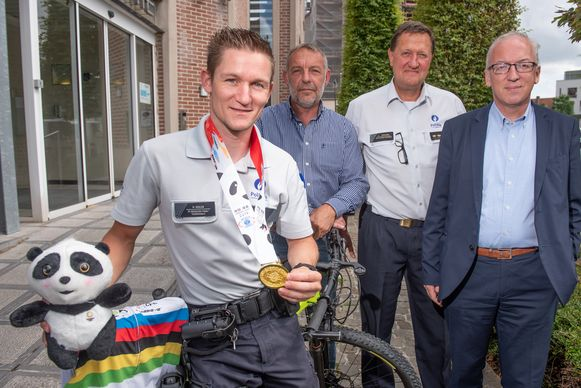 Niels Beelen is wereldkampioen mountainbike