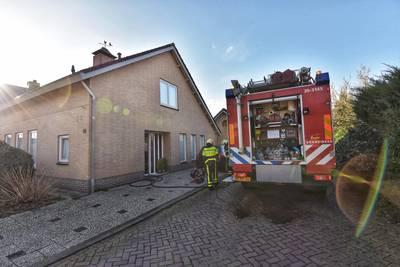 Woningbrand Nieuwe Beekhoek in Ulvenhout